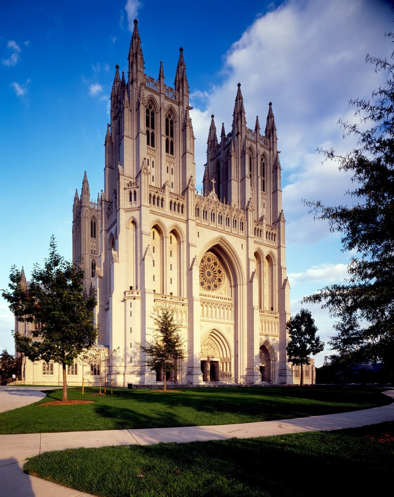 national-cathedral-621976_1920