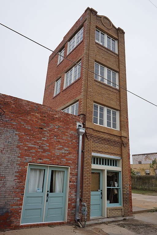 Wichita Falls, Texas, building known as the littlest skyscraper in the world.